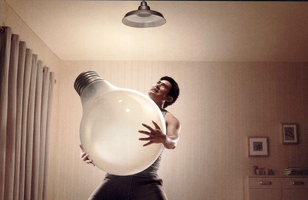 如何安裝燈泡與燈管