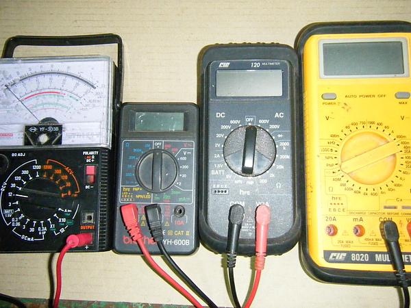 三用電表功能介紹與使用
